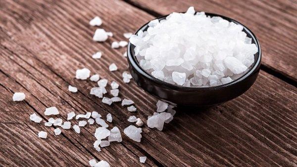 cách xông hơi chườm muối làm giảm béo mỡ mặt bằng muối nhanh nhất