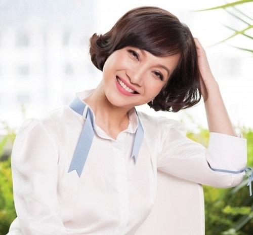 NSND Lê Khanh được mệnh danh là người đẹp không tuổi