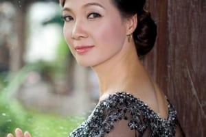 """NSND Lê Khanh chia sẻ bí quyết giữ gìn vóc dáng """"triệu người mê"""" khi ở tuổi 55"""