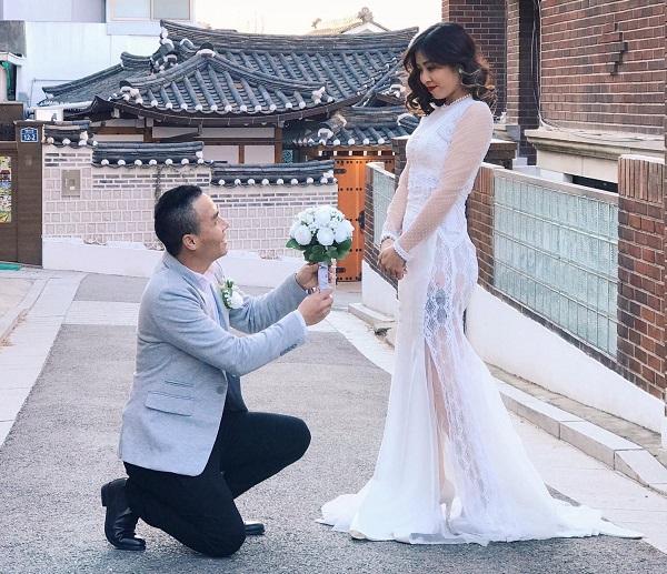 MC Hoàng Linh hạnh phúc bên chồng mới