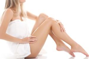 Tẩy lông chân bằng sữa tắm cũng rất tốt cho nàn da nhạy cảm