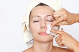 Quên những cách tẩy râu bằng phương pháp tự nhiên đi, đây mới là giải pháp cho bạn!