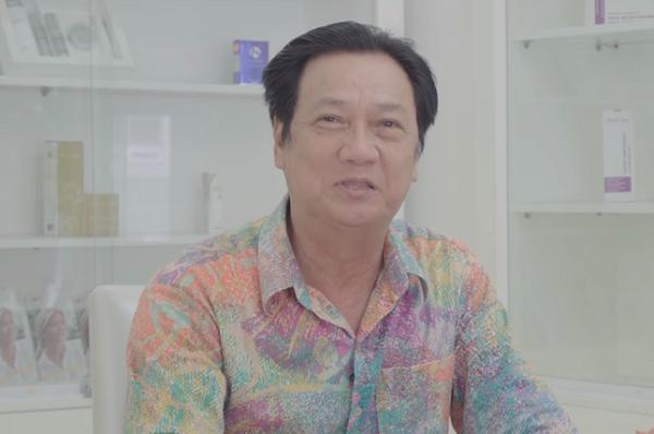 Gương mặt nhiều nếp nhăn và chảy xệ của nghệ sĩ Mai Huỳnh trước khi tiến hành trẻ hóa da