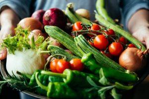 Ăn rau gì để giảm cân nhanh nhất mà không ảnh hưởng đến sức khỏe? Chuyên gia dinh dưỡng giải đáp