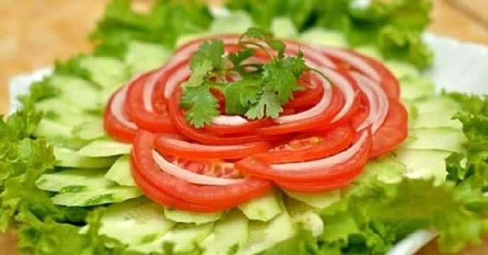làm salad dưa chuột giảm cân, salad dưa chuột giảm cân, cách làm salad dưa chuột giảm cân, cách làm salad dưa chuột cà chua giảm cân, Cách làm salad dưa chuột xà lách, Cách làm salad dưa leo giảm cân