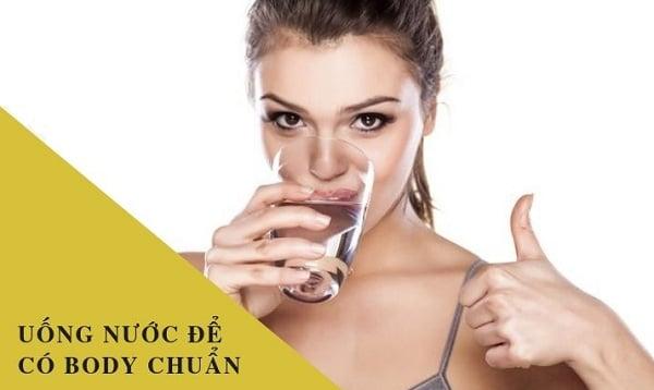 lịch trình uống nước lọc để giảm cân
