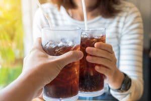 Uống nước ngọt có ga có béo không? Câu trả lời làm nhiều người lạnh mình