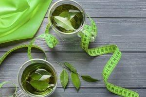 Uống trà xanh giảm cân không?