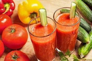Uống nước ép cà chua có giảm cân không? Uống nước ép cà chua vào lúc nào để giảm cân? Đáp án từ chuyên gia