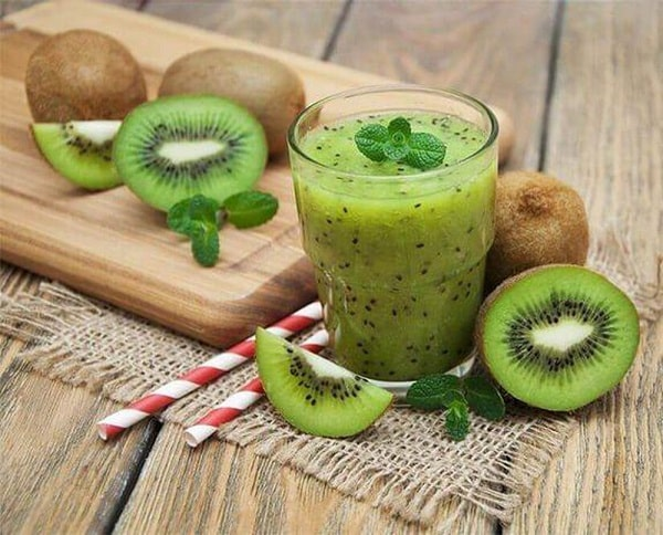 Cách làm nước ép kiwi giảm mỡ bụng
