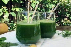 Cách uống nước ép rau ngót giảm mỡ bụng