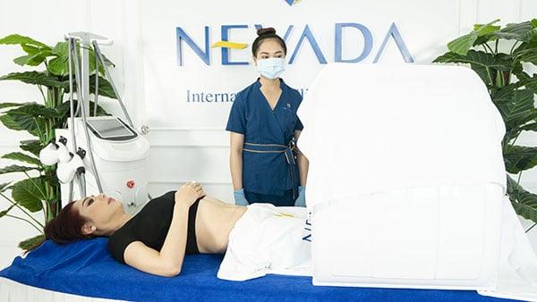 Lâm Khánh Chi giảm béo bằng công nghệ Max Burn Lipo