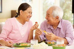 Tiết lộ cách giảm cân an toàn cho người già