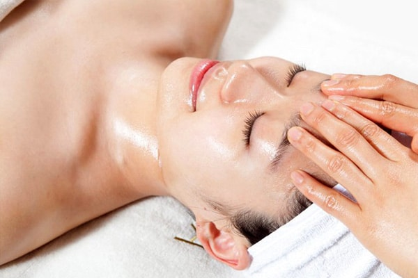 Chăm sóc da mặt ở spa nào tốt