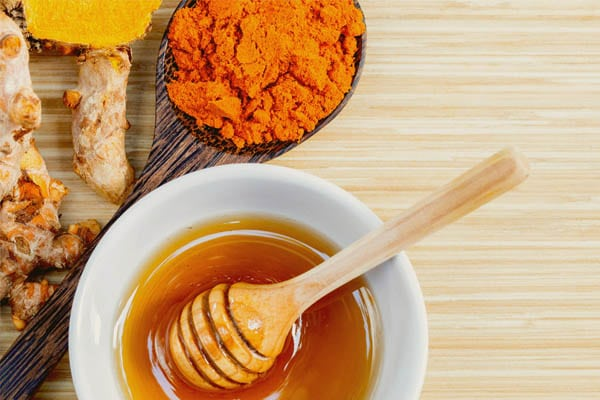 Tinh bột nghệ kết hợp mật ong giảm cân