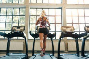 Nên hay không giảm mỡ bụng bằng máy chạy bộ? – Đi tìm câu trả lời hoàn hảo nhất để lấy lại vòng eo 56 trong 8 ngày