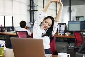 Bỏ túi ngay những bài tập giảm mỡ bụng cho dân văn phòng siêu hiệu quả
