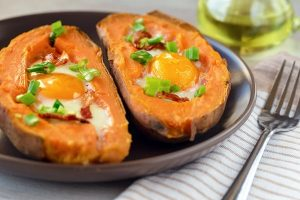 Ăn khoai lang và trứng gà giảm cân, tiễn ngay 3kg mỡ thừa sau 1 tháng