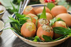 Ăn trứng gà nướng có mập không? Đang giảm cân có ăn trứng gà nướng được không?