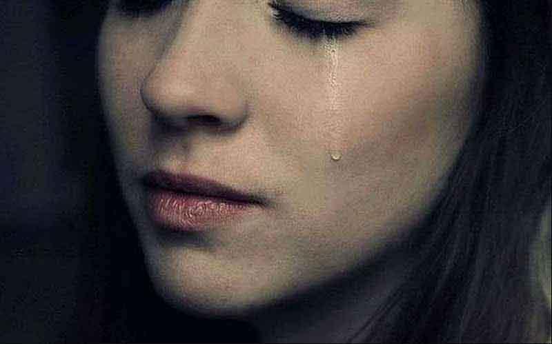 khóc giảm cân, khóc có giúp giảm cân, khóc nhiều giúp giảm cân, khóc vào ban đêm có giảm cân không, Khóc giảm bao nhiêu calo