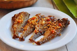 Ăn cá khô có béo không? Tiết lộ ngay 100g cá khô bao nhiêu calo?