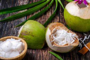 Ăn cùi dừa non có béo không? Ăn cùi dừa có giảm cân không? Bật mí lượng calo trong cùi dừa non