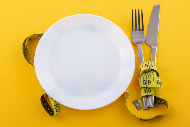 ăn ít có giảm cân được không, ăn ít lại có giảm cân không, ăn ít đi có giảm cân không, ăn ít calo có giảm cân không