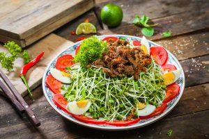 Bật mí cách làm salad rau mầm giảm cân giúp đánh bay 2-3kg mỡ thừa trong thời gian siêu tốc