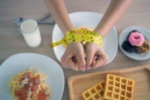 Nhịn ăn tối có giảm cân không? Review từ người thật việc tốt sẽ giúp bạn ngộ ra nhiều điều