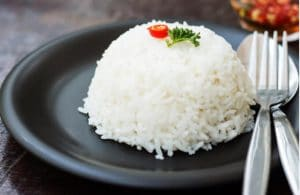 cơm nguội bao nhiêu calo, ăn cơm nguội có giảm cân không, cơm nguội chứa bao nhiêu calo, ăn cơm nguội giảm cân, ăn cơm nguội để tủ lạnh giảm cân