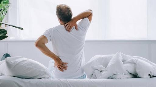 kê gối dưới lưng giảm cân, gối kê thắt lưng, tác dụng của kê gối dưới lưng, tác dụng của việc kê gối dưới lưng