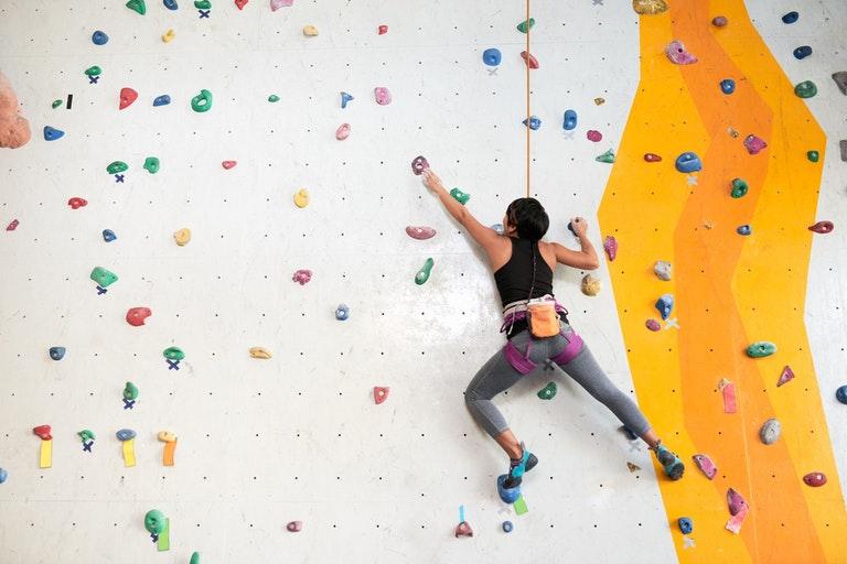 tập leo núi có giảm cân không, leo núi có giảm cân không, bài tập giảm cân leo núi