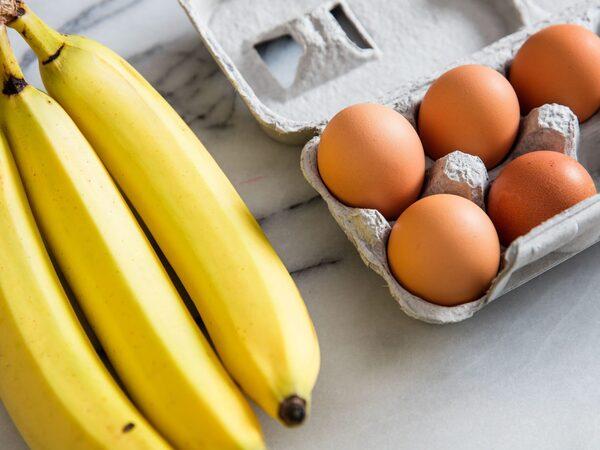 giảm cân với trứng và chuối, ăn trứng và chuối giảm cân, giảm cân bằng chuối và trứng gà, giảm cân với chuối và trứng luộc, thực đơn giảm cân với trứng và chuối