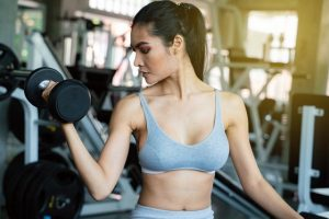 Top 5 bài tập tạ cho nữ giảm cân tại nhà hiệu quả nhất – Vừa giữ dáng vừa khỏe người